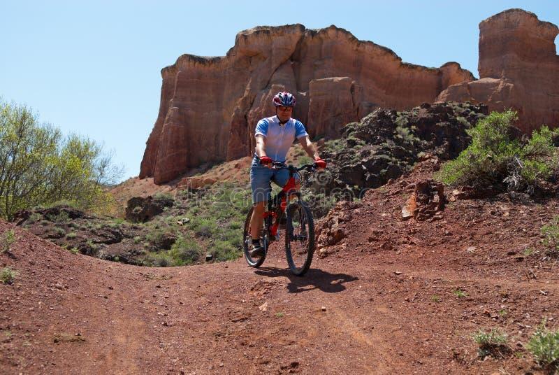 骑自行车的人峡谷山 免版税图库摄影