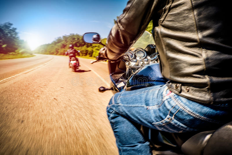骑自行车的人最初人景色 图库摄影
