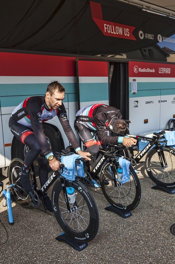骑自行车者准备活动