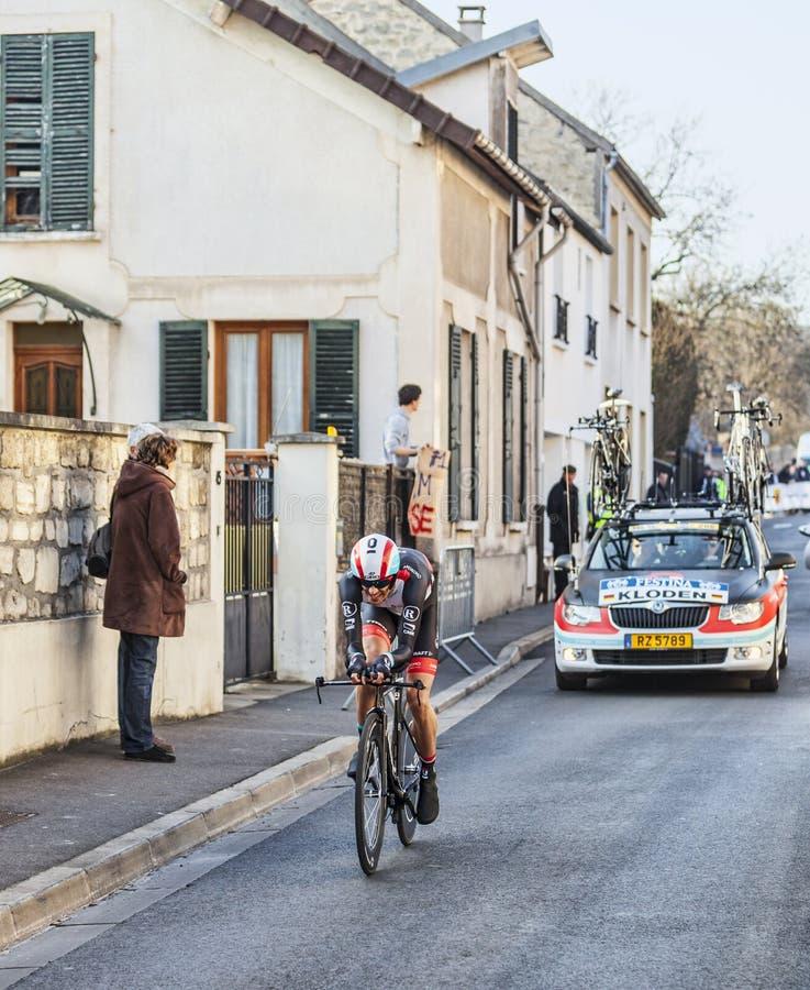 骑自行车者安德烈亚斯Klöden-巴黎尼斯2013年序幕在Houille 编辑类库存照片