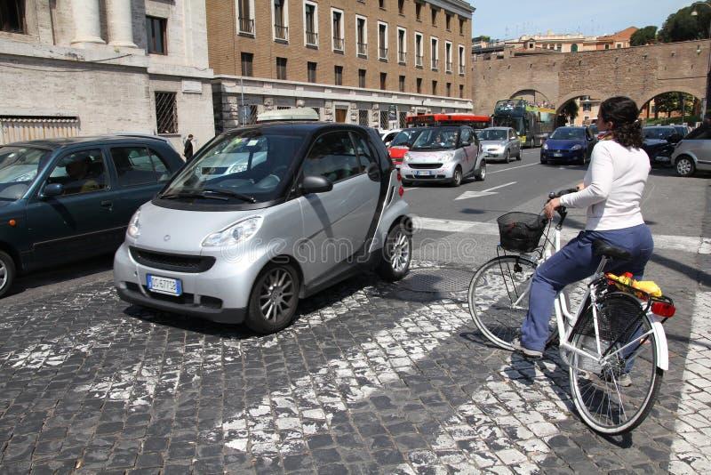 骑自行车者罗马 库存图片