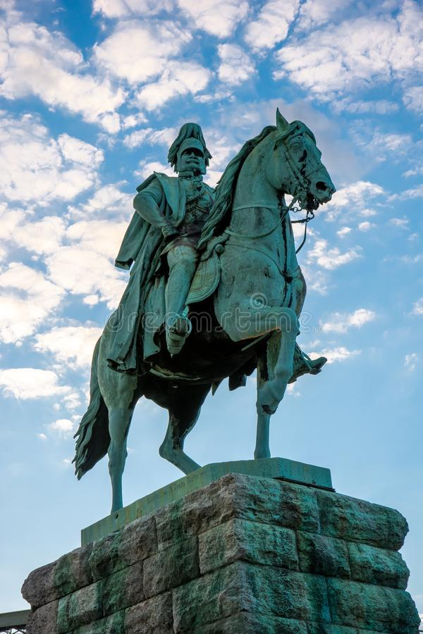 骑马雕象在科隆 图库摄影