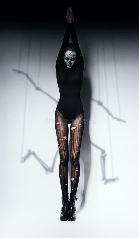 头骨构成和骨骼阴影的妇女 免版税图库摄影