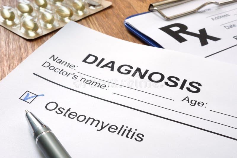 骨髓炎诊断 在诊所的医疗纸 库存照片