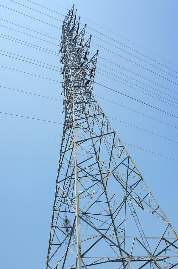 高压杆天空背景 库存照片