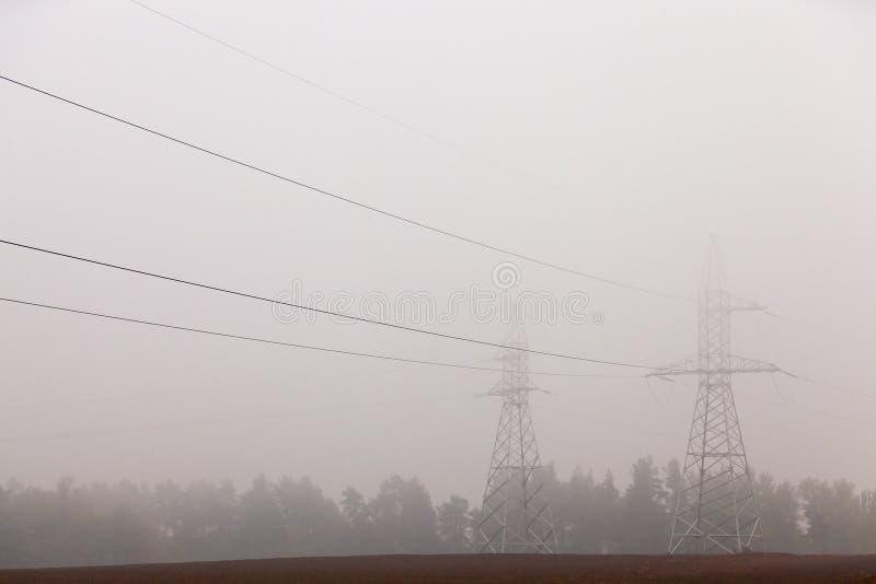 高压电源杆 库存图片