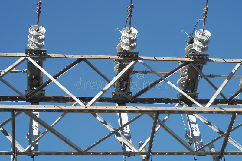高压能源厂电发行导线 库存图片