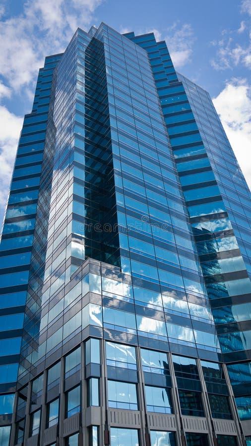 高和美丽的摩天大楼2 库存照片