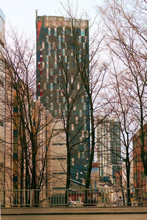 高塔在市中心 免版税图库摄影