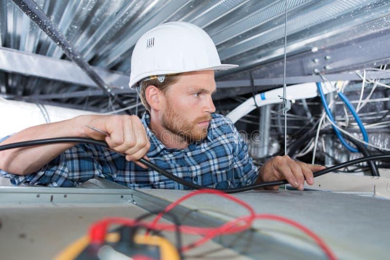 高密度聚乙烯连接供水的管子焊接在建造场所 免版税库存图片