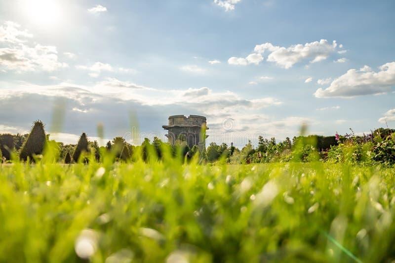 高射炮塔在维也纳Ausgarten公园 免版税库存照片
