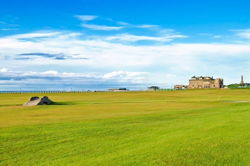 高尔夫球圣安德鲁斯老路线连结。 苏格兰。 库存照片