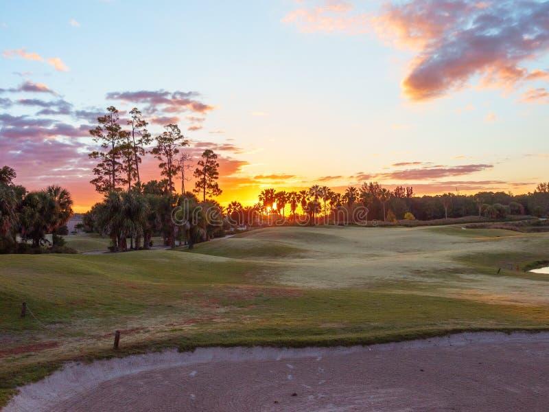 高尔夫球场日出/日落在佛罗里达 免版税库存图片