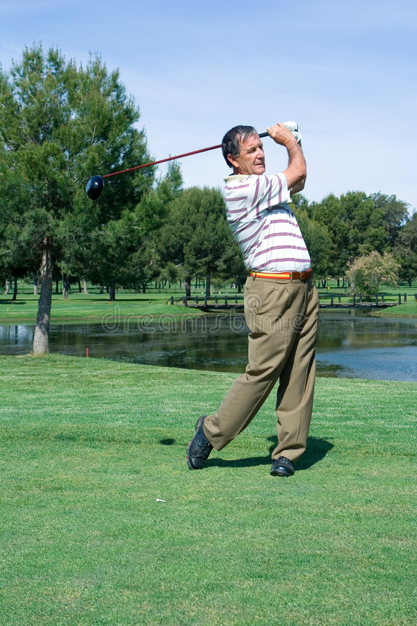 高尔夫球运动员发球区域 库存照片