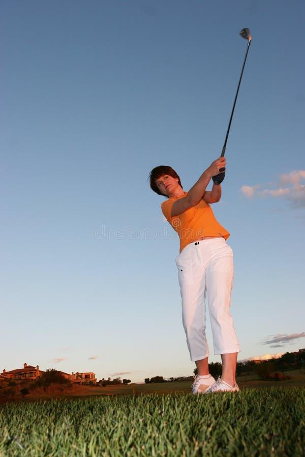 高尔夫球运动员夫人 免版税库存照片