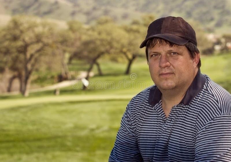 高尔夫球运动员男纵向 免版税库存照片