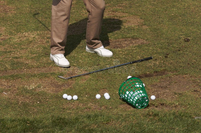 高尔夫球运动员范围 免版税图库摄影