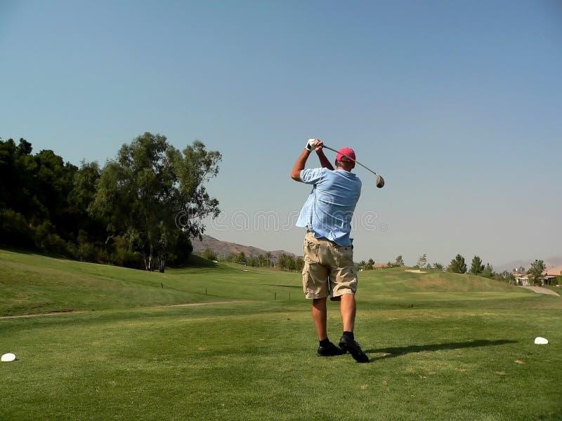 高尔夫球运动员s射击发球区域 库存照片