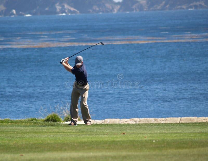 高尔夫球运动员s射击 库存照片