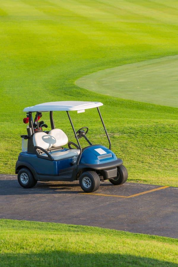 高尔夫车 免版税库存照片