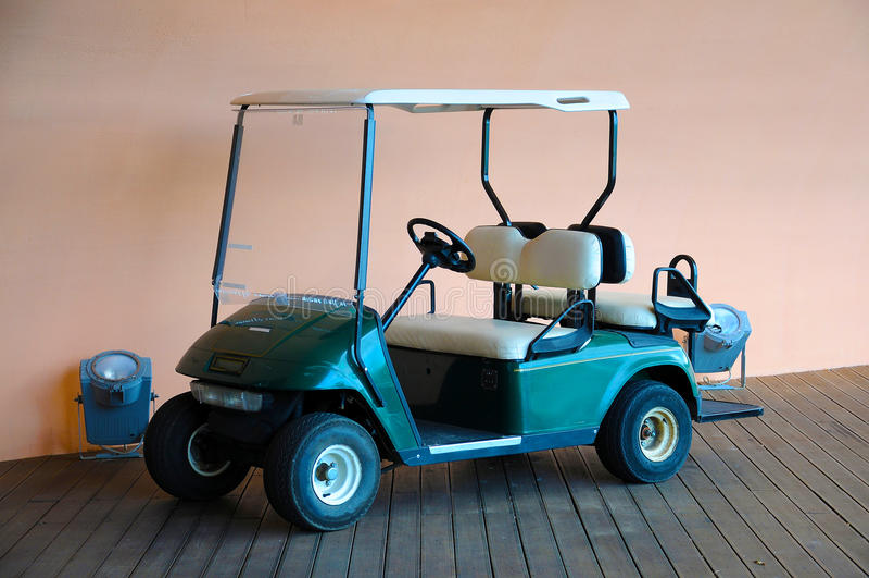 高尔夫车 免版税图库摄影