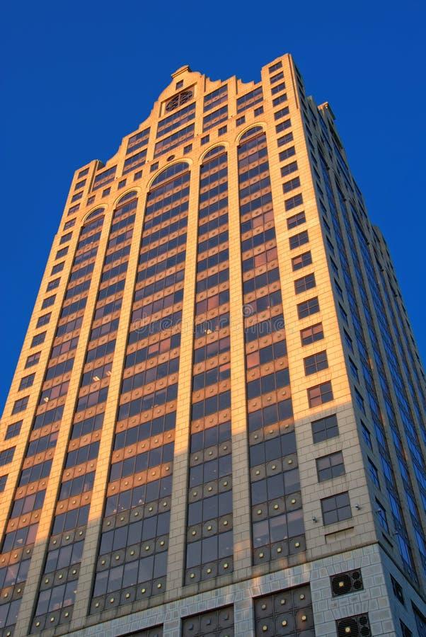高层建筑在街市密尔沃基 库存照片