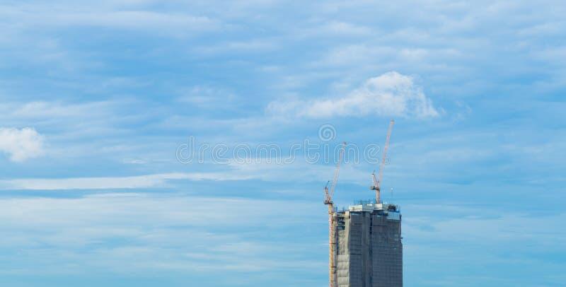 高层的大厦 免版税库存图片
