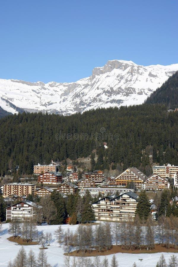 高山手段滑雪 免版税库存照片