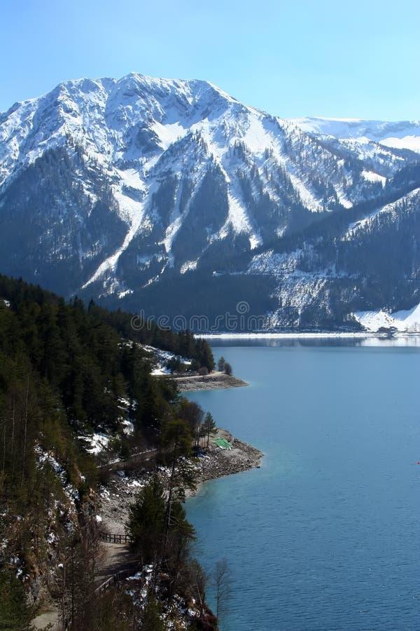 高山湖 库存照片