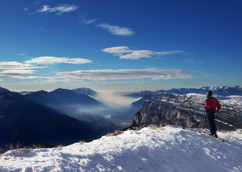 高山滑雪者冬天 免版税库存图片
