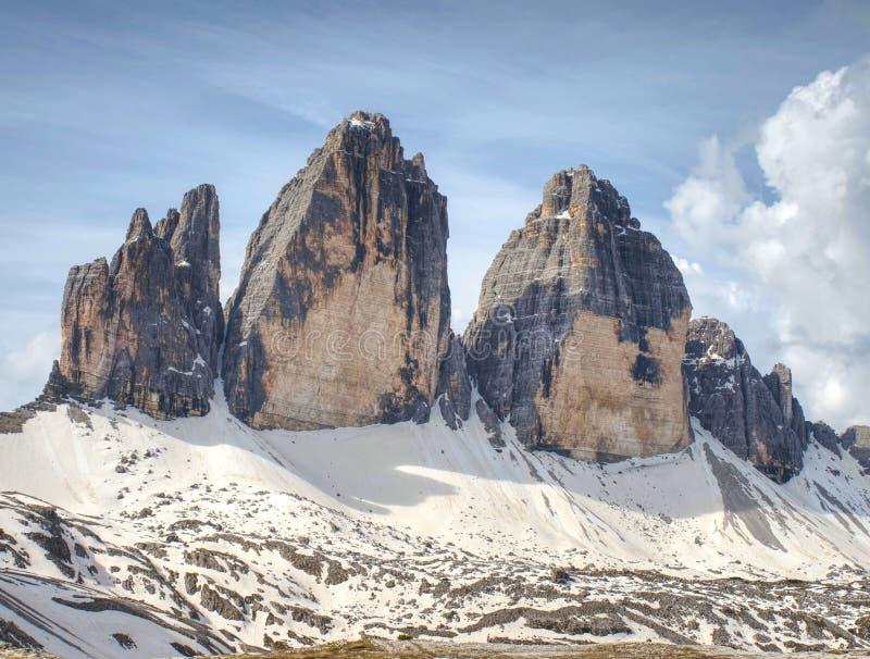 高山特雷Cime di Lavaredo断层块巨大看法  免版税图库摄影