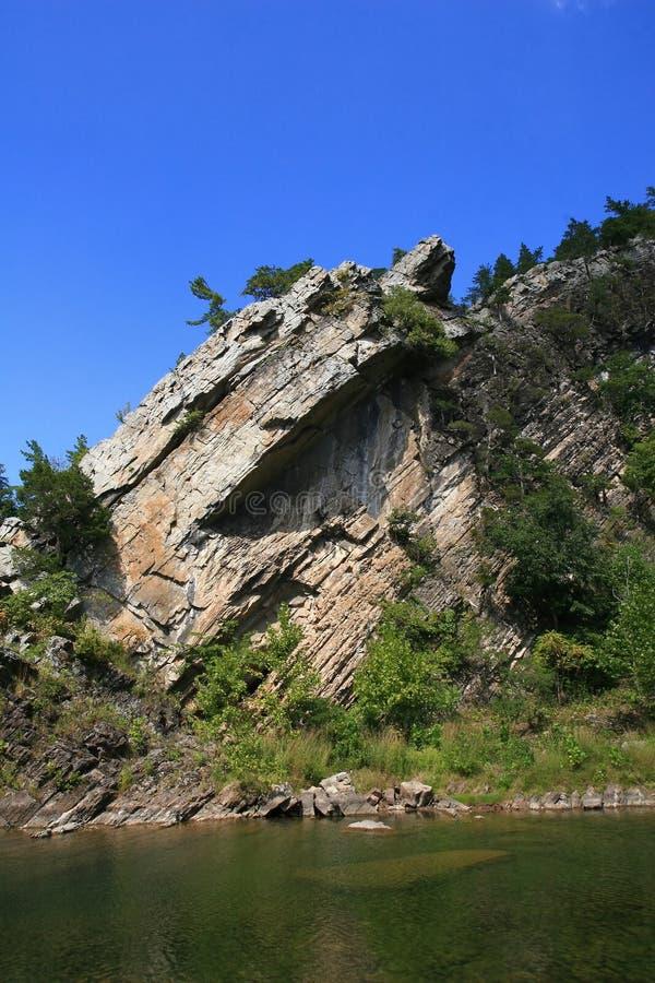 高峰岩石 免版税库存图片
