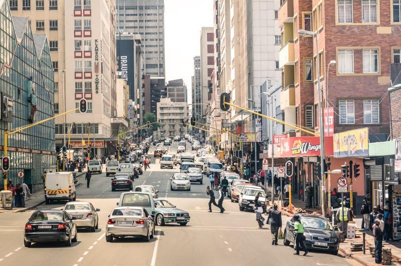高峰时间和交通堵塞在约翰内斯堡南非 库存照片