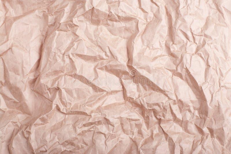 高度起皱纹的工艺纸背景高详细的特写镜头 免版税图库摄影