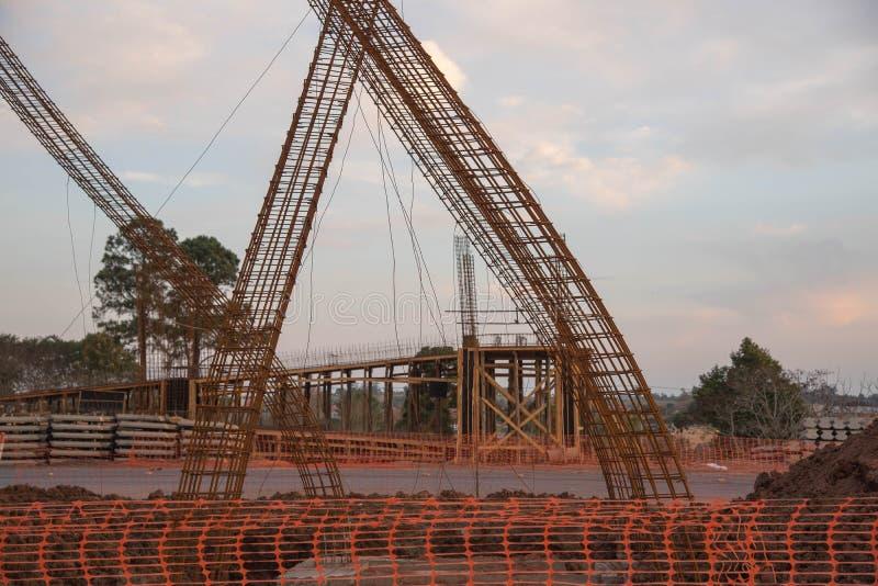 高架桥建筑的02水泥人工制品 免版税库存图片