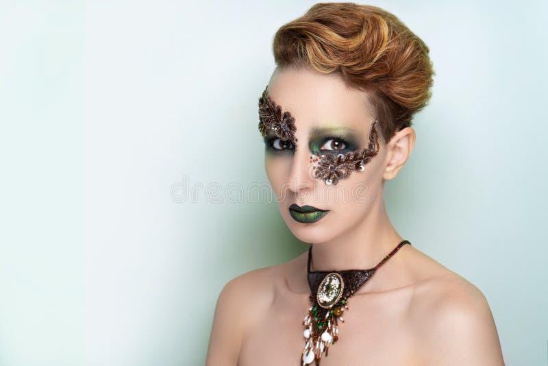 高档时尚模型艺术组成 免版税库存照片