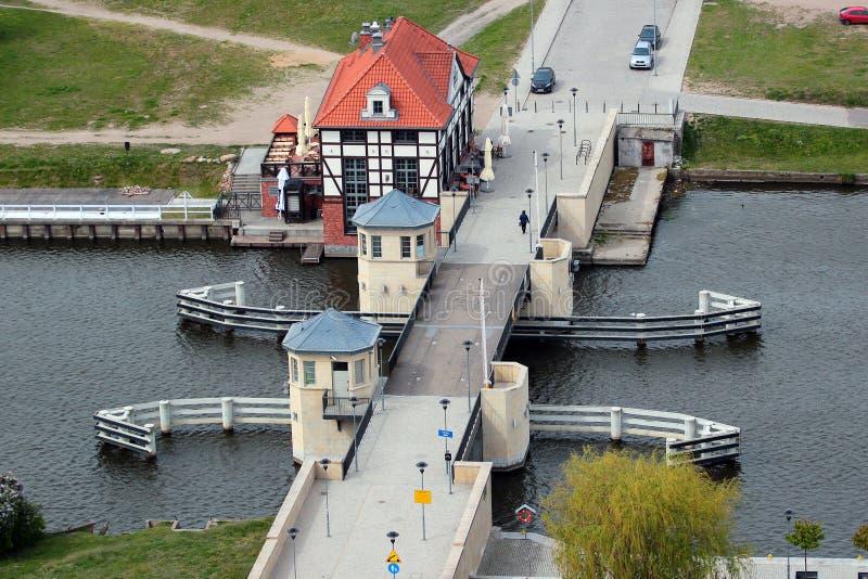 高桥梁Wysoki多数在埃尔布隆格,波兰 免版税库存图片
