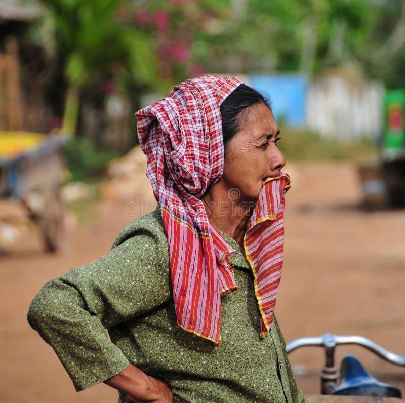 高棉妇女画象在市场上在Kep镇,柬埔寨 免版税库存照片