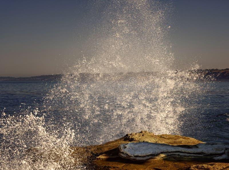 高海浪,拉霍亚海岸,加利福尼亚 图库摄影
