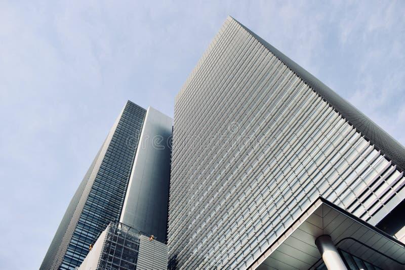 高现代办公楼在东京日本 免版税库存照片