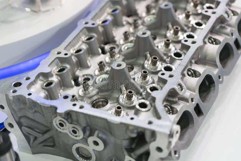 高精度和质量汽车零件工业顶头cyli 免版税图库摄影