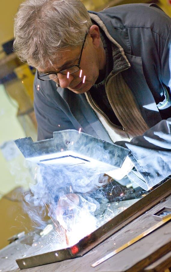 高级焊接工作者 免版税库存图片