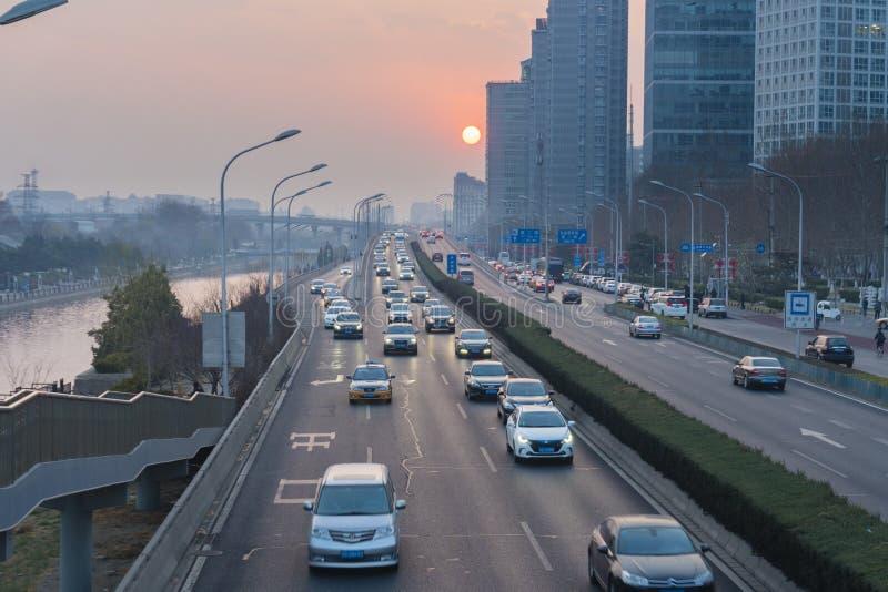 高速公路交通在北京 免版税库存照片