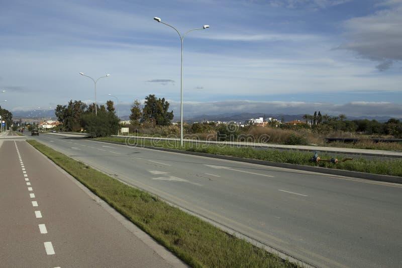 高速公路和自行车道路 图库摄影