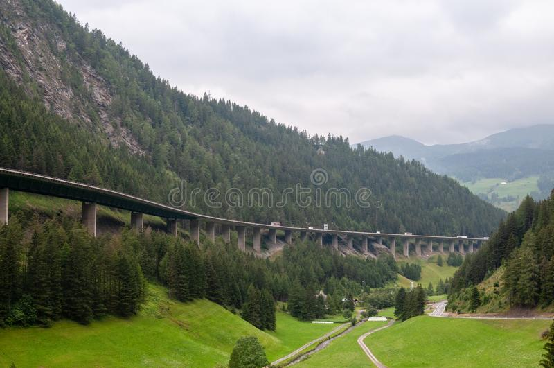 A13高速公路在奥地利 库存照片
