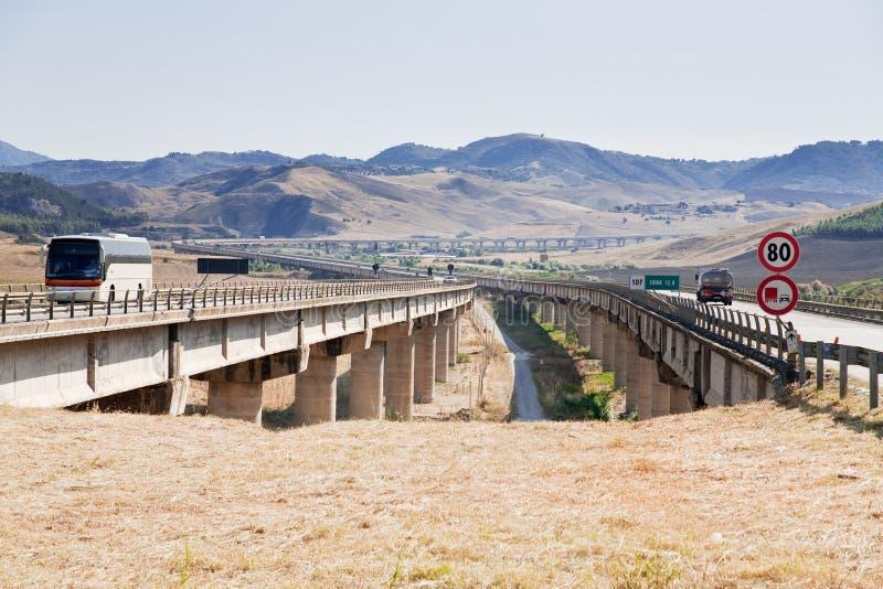 高速公路西西里岛 免版税库存照片