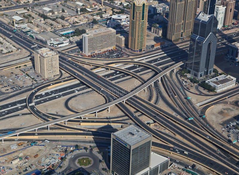 高速公路连接点的鸟瞰图 免版税库存照片