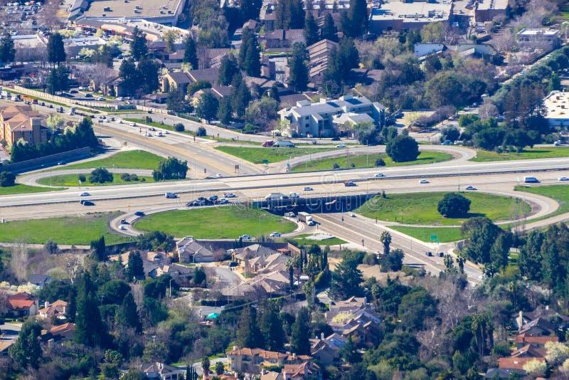 高速公路连接点鸟瞰图  库存图片