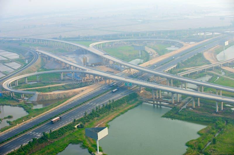高速公路连接点,空中 免版税库存照片