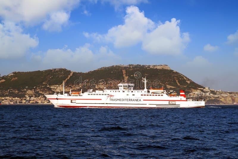 高速渡轮Ciudad在阿尔盖斯莱斯港口和休达之间的de马拉加 免版税库存照片